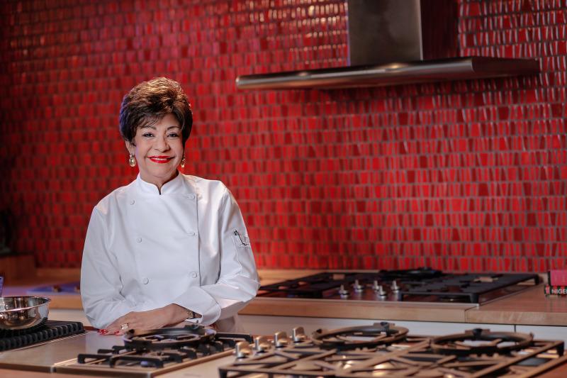 Esperanza Lithgow: Embajadora de la cocina dominicana